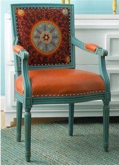 A contraste con la silla